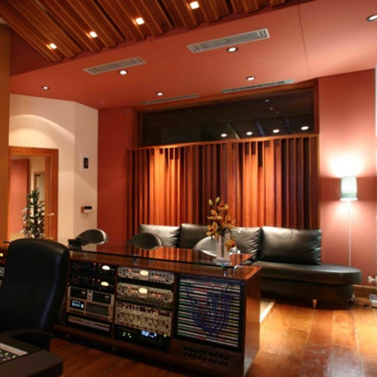 PowerHouse Studios on SoundBetter