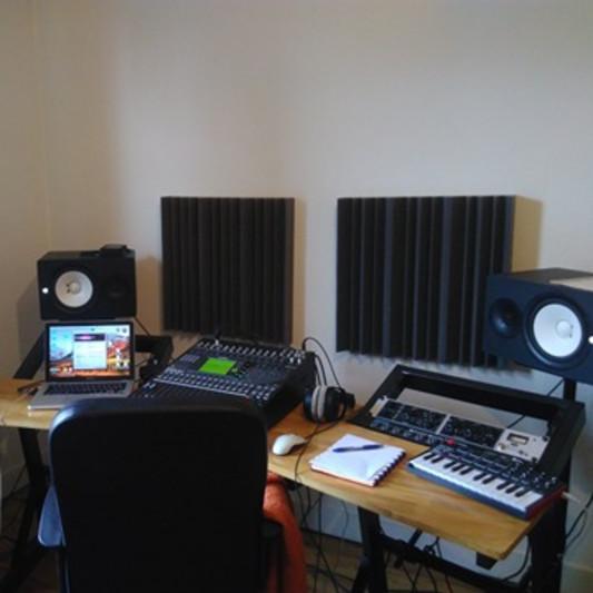 Loud Colors Records on SoundBetter