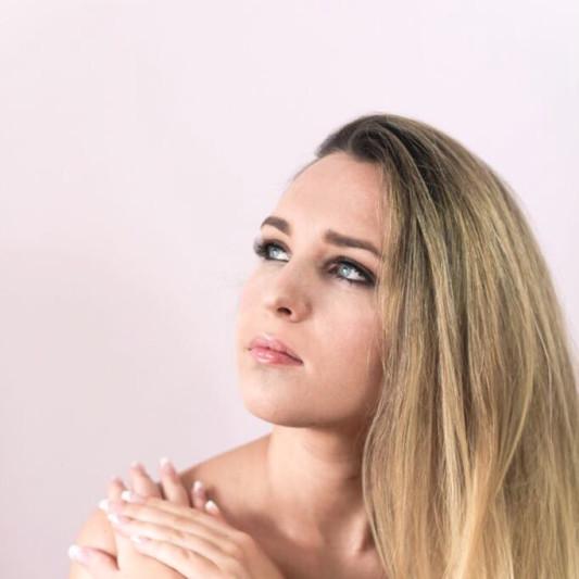 Vikki McCormack on SoundBetter