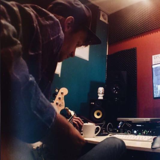Alwin van der Knijff on SoundBetter