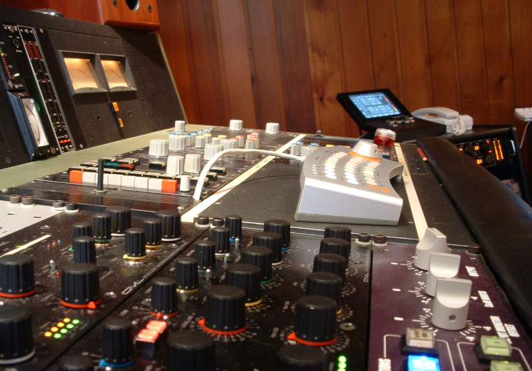 Benchmark Mastering on SoundBetter