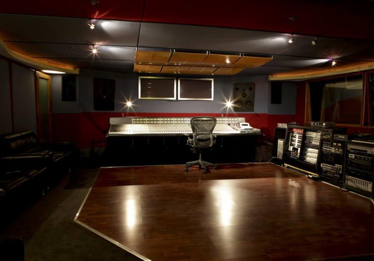 REC Studios on SoundBetter