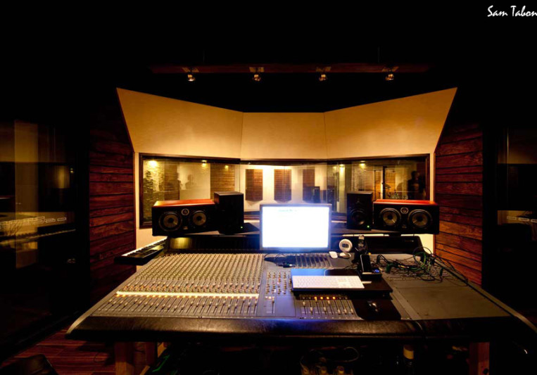 Refinery Recording on SoundBetter