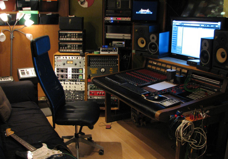 Fader Master Sound Studios Inc. on SoundBetter