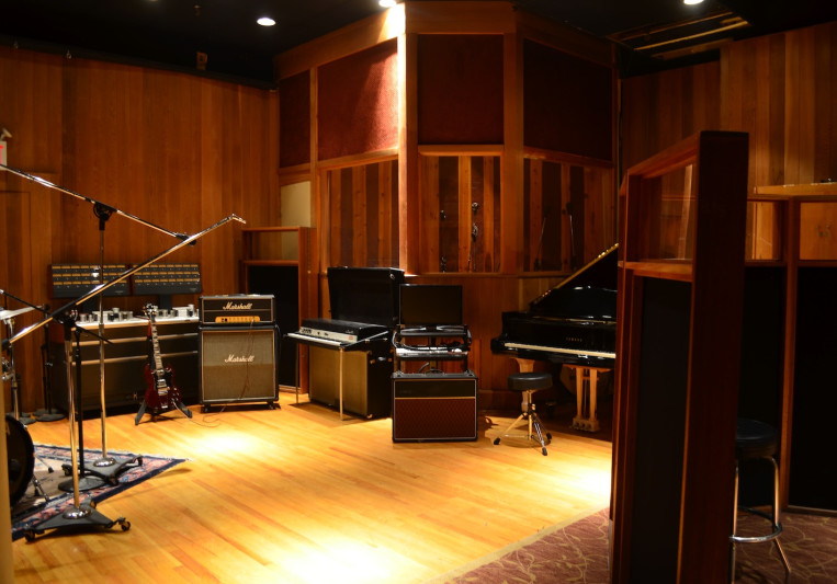CHUNG KING STUDIOS on SoundBetter