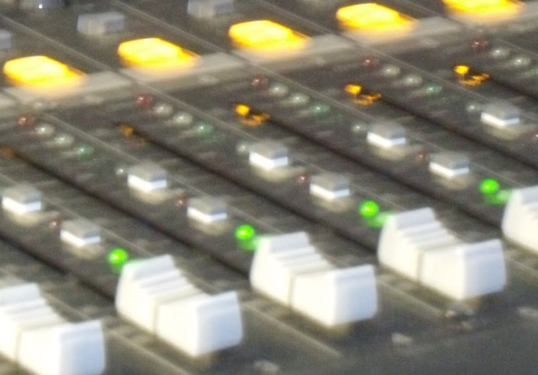 JunkieXXL on SoundBetter