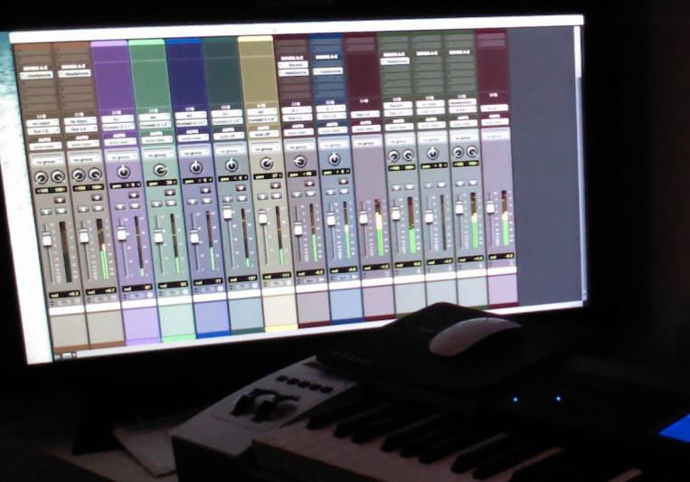 Symphony Studio by GP432 on SoundBetter