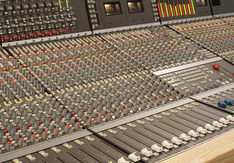 WMS - the Warsaw Mixdown Suite on SoundBetter
