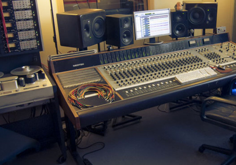 TUP Studio on SoundBetter