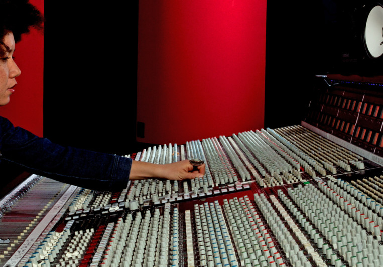 EmRauz on SoundBetter