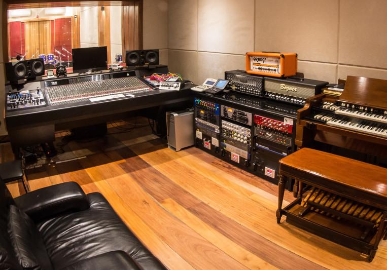 WSTF Estudios on SoundBetter