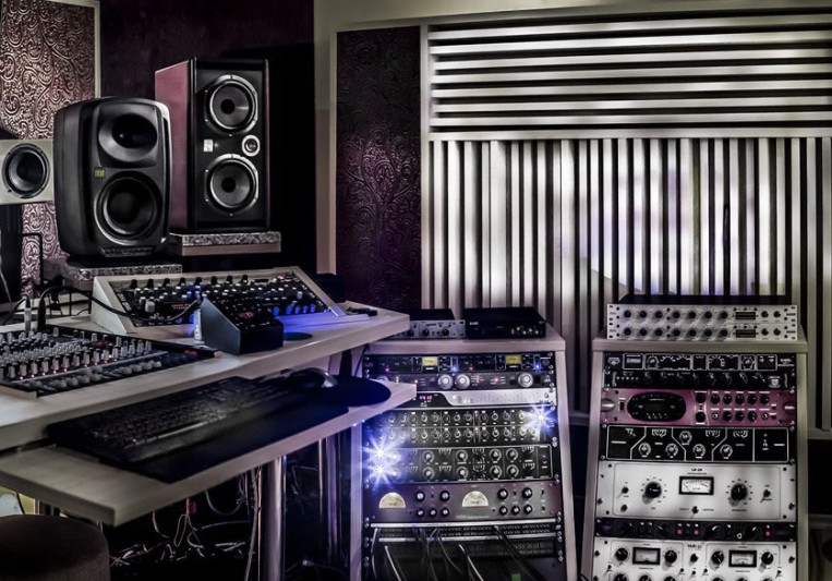 SUPERSOUL STUDIO on SoundBetter
