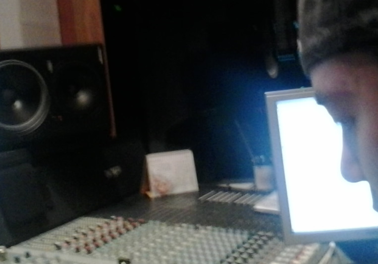 TO MIX STUDIO on SoundBetter