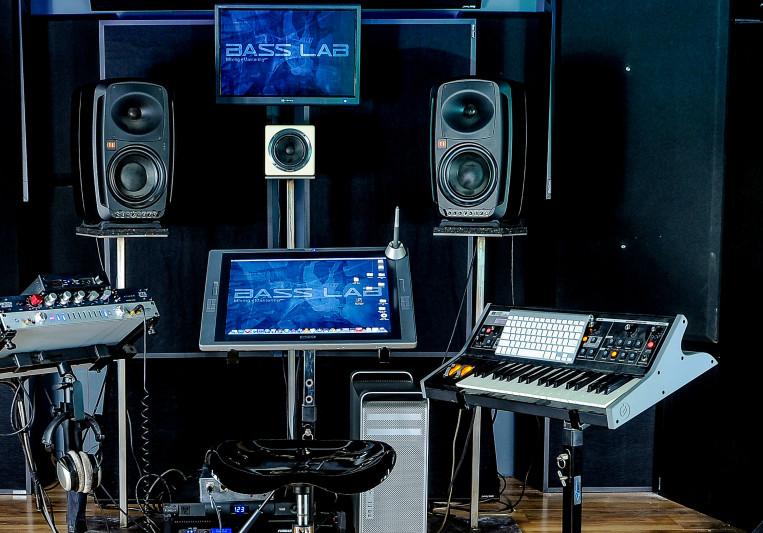 Bass Lab on SoundBetter