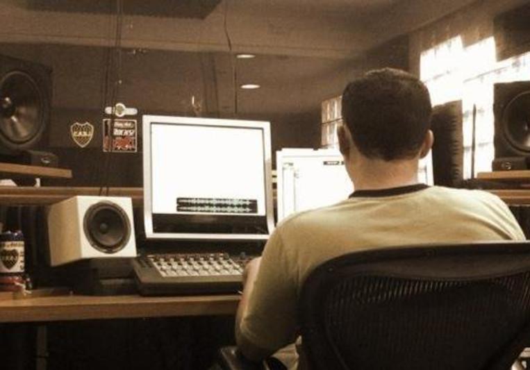 Carlos Lares on SoundBetter