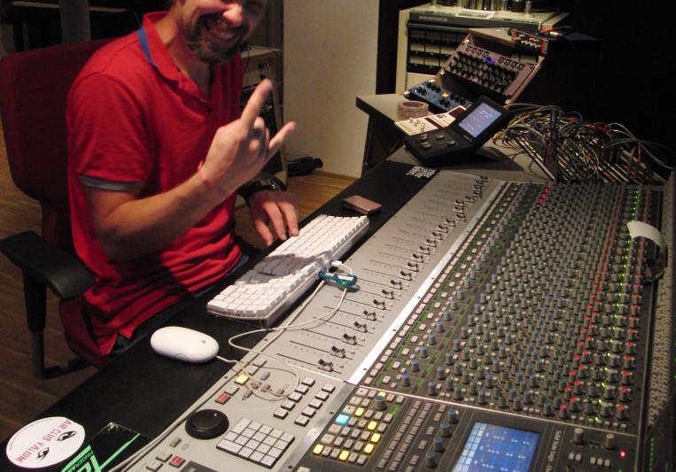 Alexander Schubert on SoundBetter