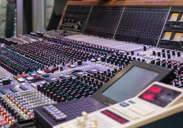 Damien Schuhler on SoundBetter