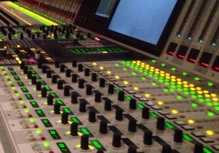 Master Fade Music on SoundBetter