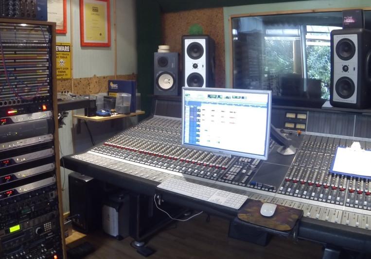 Green river studio on SoundBetter