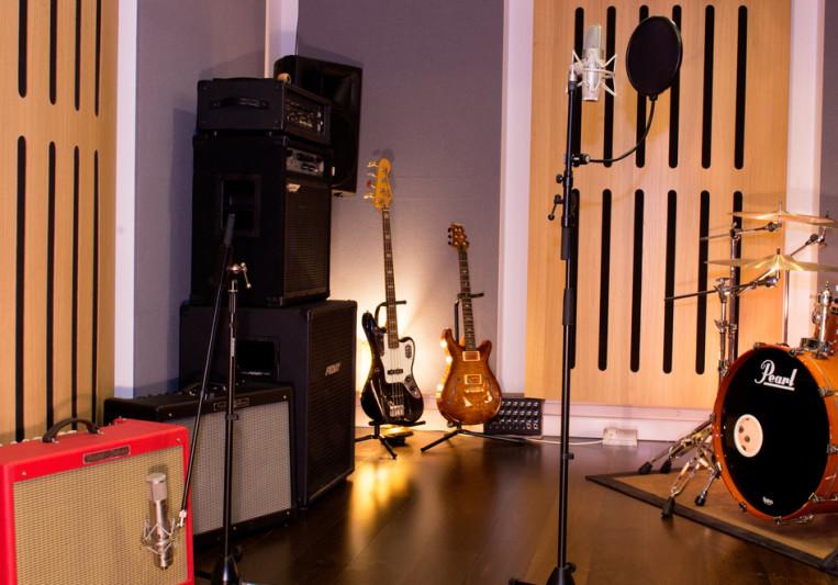 Wavefield Studios/Brian Casey on SoundBetter