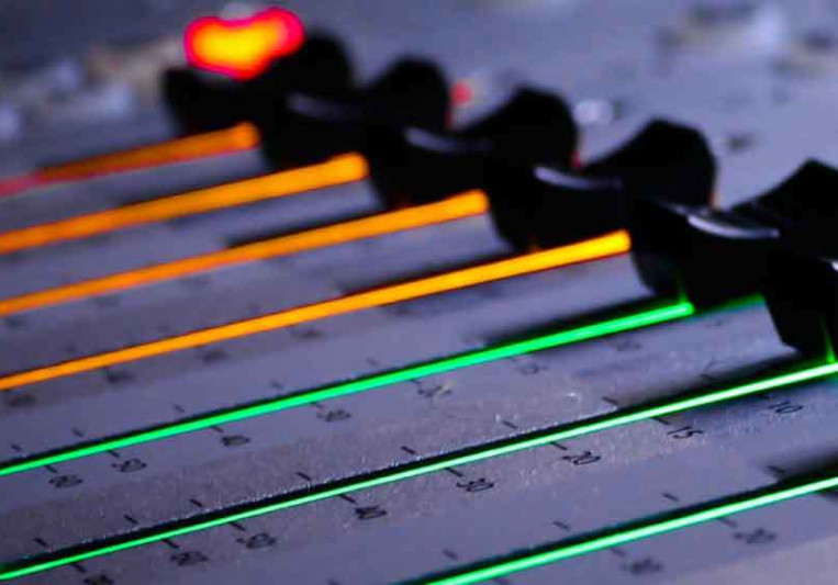 ULTRAGAIN on SoundBetter