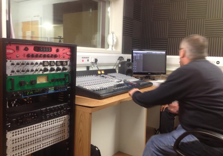 4Q studios on SoundBetter