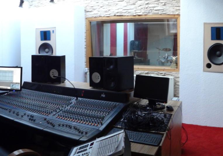Big House Studios on SoundBetter