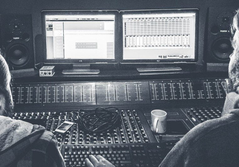 Phil Humphreys - Mix Engineer on SoundBetter