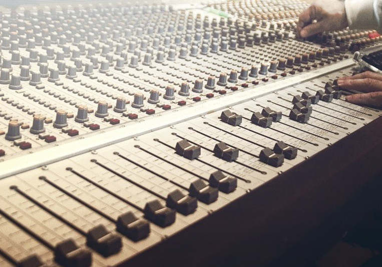Riverside Recording on SoundBetter