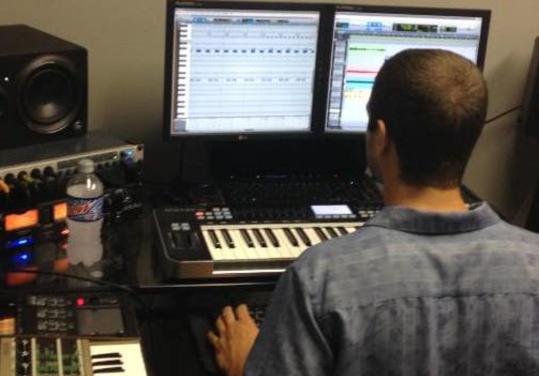 Elite Recording Studios on SoundBetter