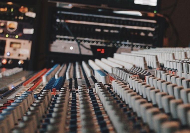 Justin Abel on SoundBetter