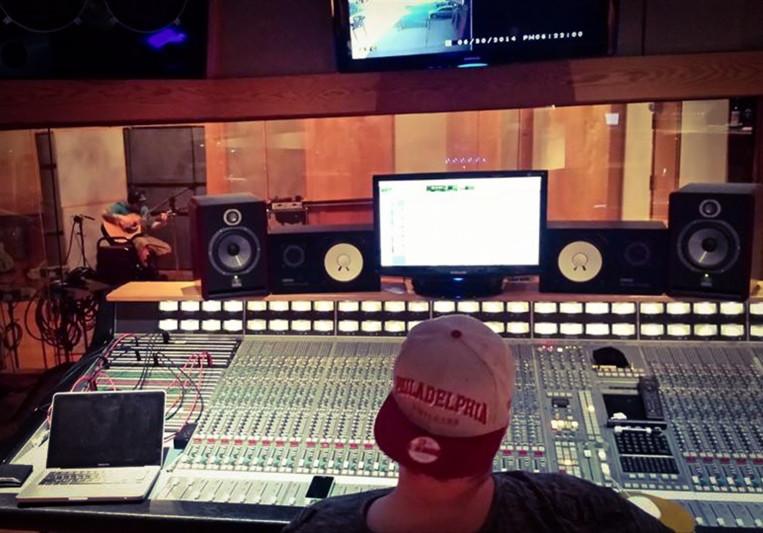 Tommy Oliphant on SoundBetter
