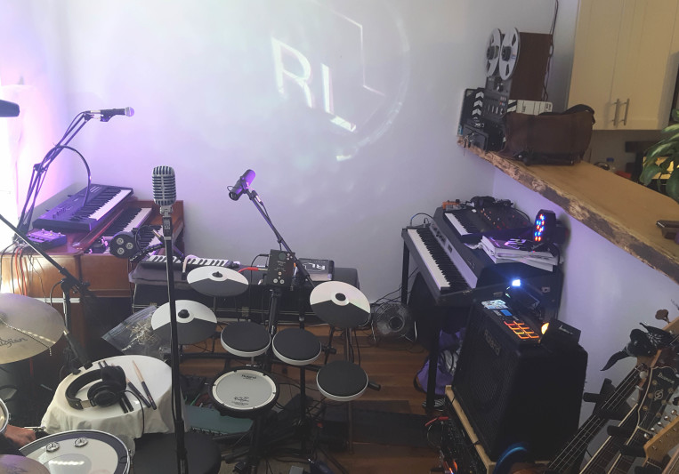RL Studio on SoundBetter