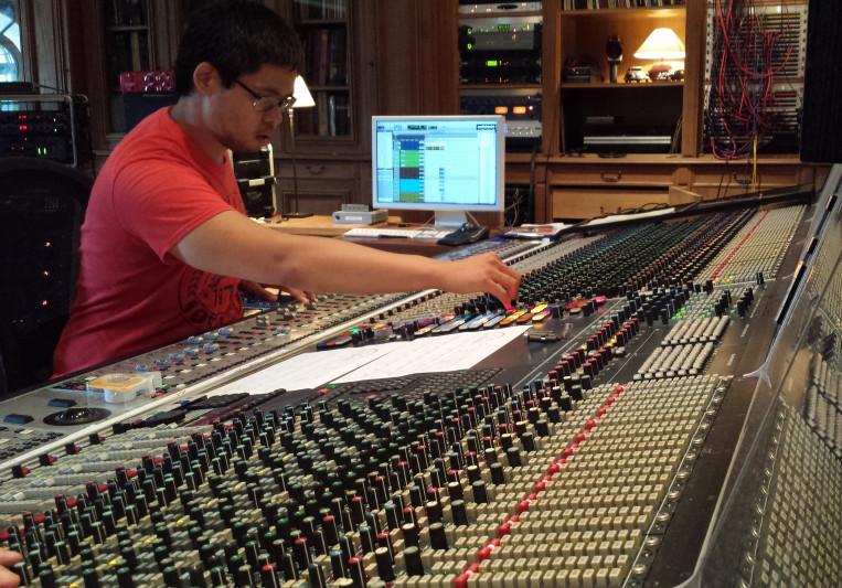 J.R. Paredes on SoundBetter