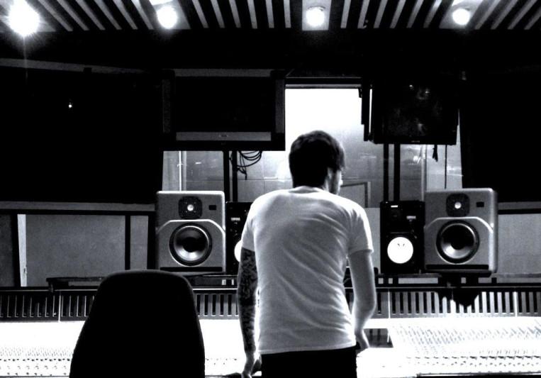 Andy Menhenitt on SoundBetter