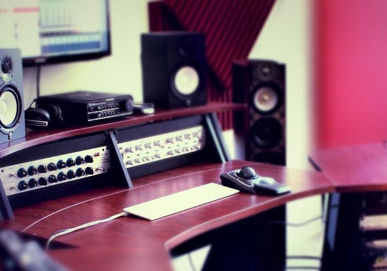 Mehrzad - CodaSound Studio on SoundBetter
