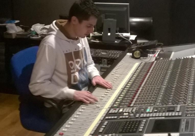 Mikac on SoundBetter