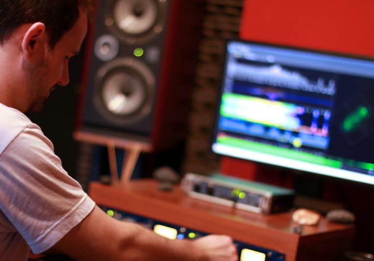 Onix Mastering Studio on SoundBetter