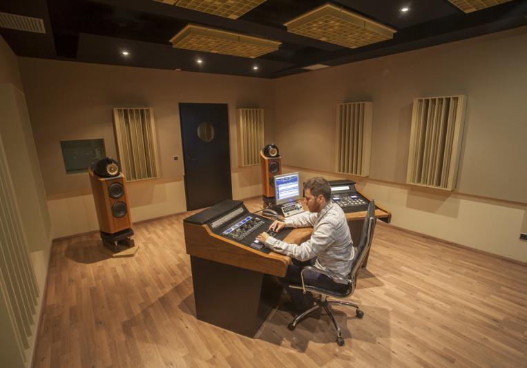 Miguel A.G.Black Box Mastering on SoundBetter