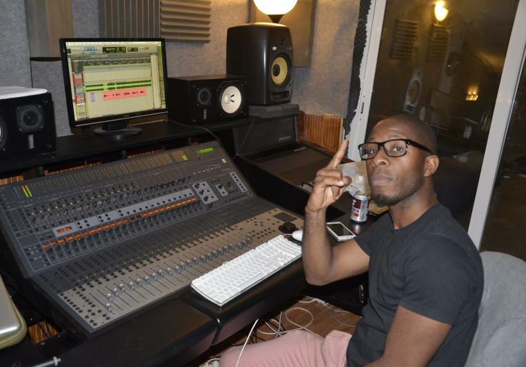 Joe Blackvoice on SoundBetter