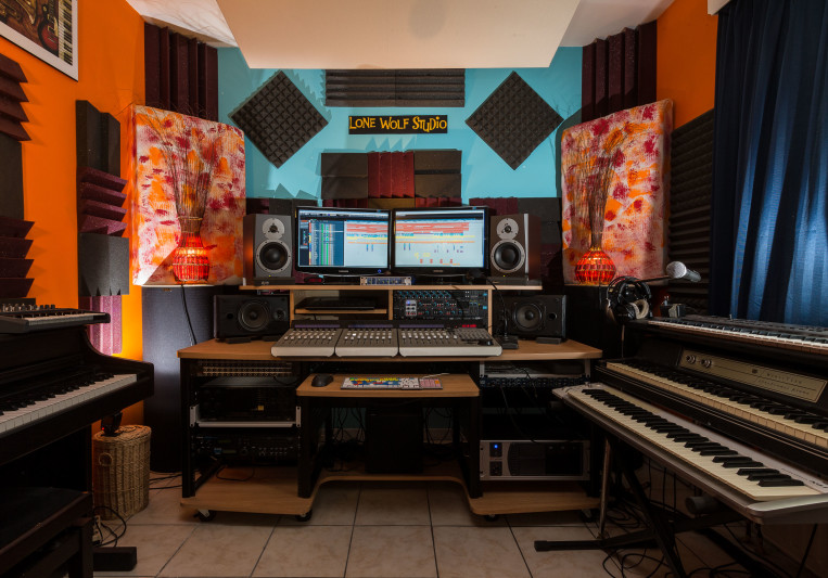 Lone Wolf Studio on SoundBetter