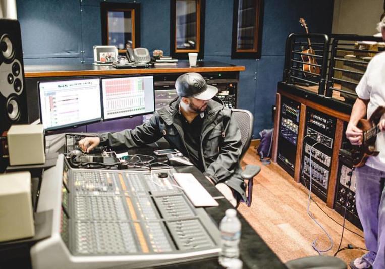 Jules Washington on SoundBetter