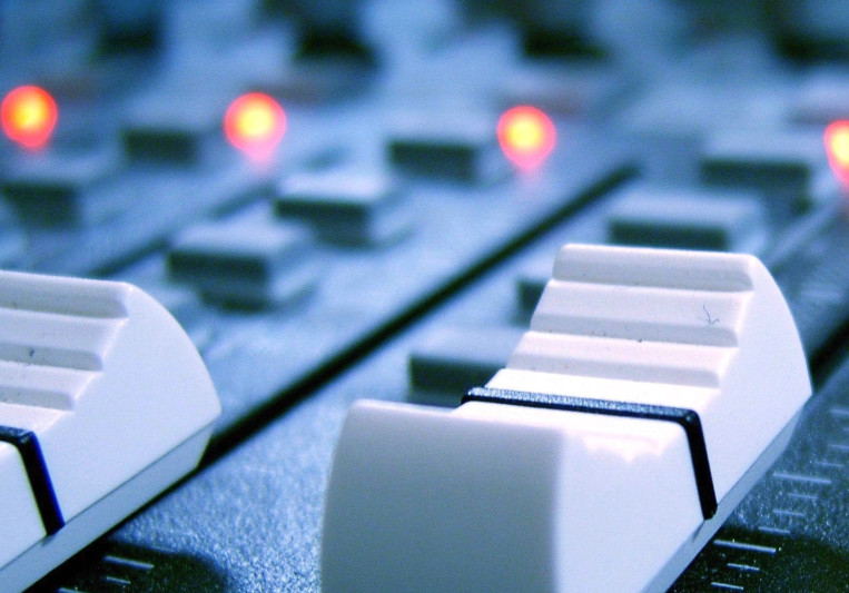 Mitchell Davenport on SoundBetter