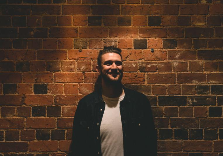 Dominic Hammonds on SoundBetter
