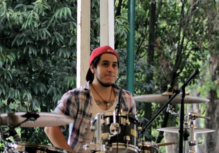 Gus Navarro on SoundBetter