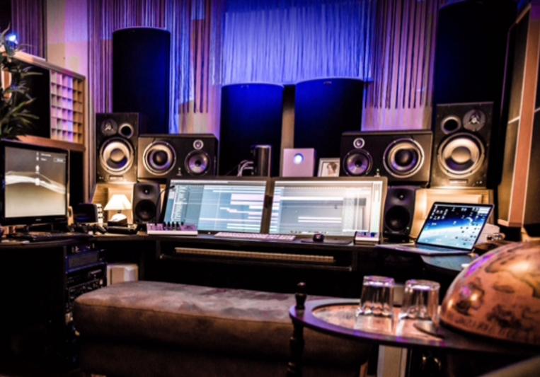 Markus Schulz on SoundBetter