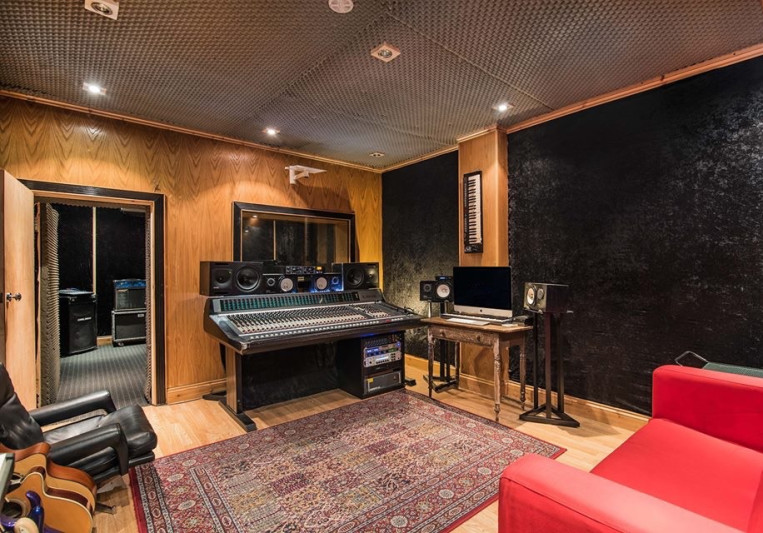 Ventura Soundhouse Productions on SoundBetter