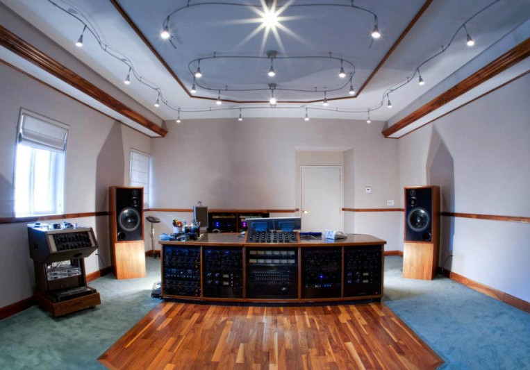 The Mastering Lab on SoundBetter