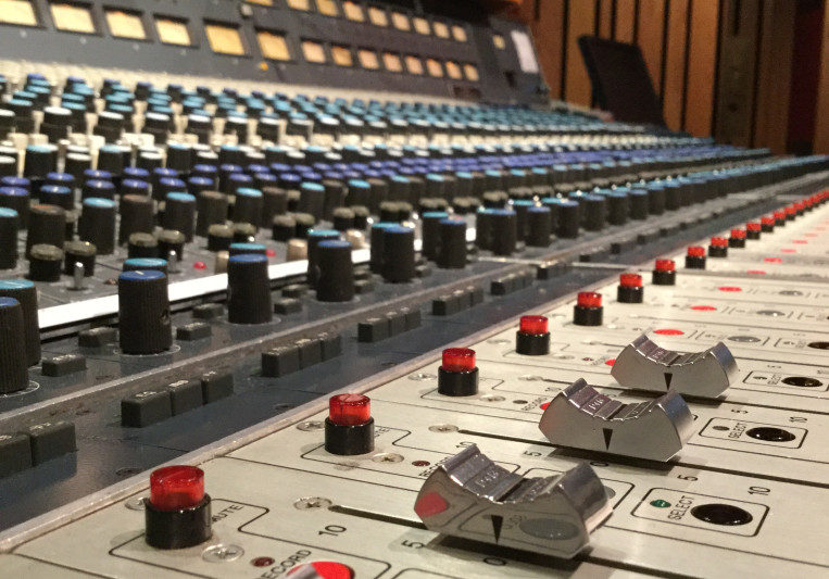 Anthemic Recording Studios on SoundBetter