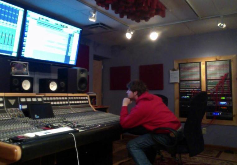 Flyshooter Studios on SoundBetter